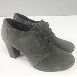 Gray Suede Clark Booties SZ 9.5